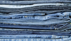 Piles-of-jeans